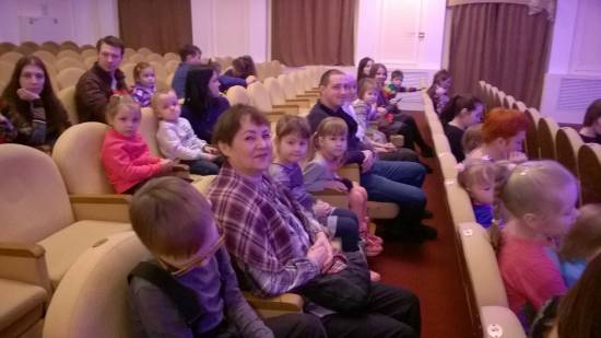 Воспитанники группы №8 «Пчёлки» посетили Чувашский государственный театр кукол
